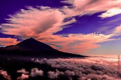Teide entre nubes