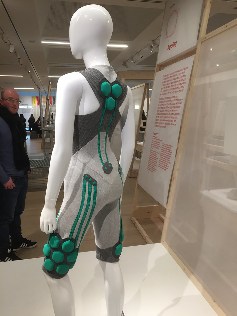 'The Aura Powered Suit' by Yves Béhar, Fuseproject and Superflex, Design Museum