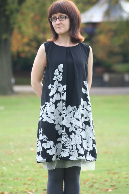 Lou Lou Dress Sewing Pattern Version B (early version) by English Girl at Home