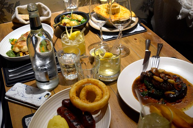 Dinner at The Scran and Scallie, Edinburgh | www.rachelphipps.com @rachelphipps