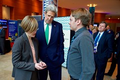 U.S. Secretary of State John Kerry reviews an app created by a Fishackathon participant in between sessions of the Our Ocean Conference 2015 in Valparaíso, Chile, on October 5, 2015. [State Department photo/ Public Domain]