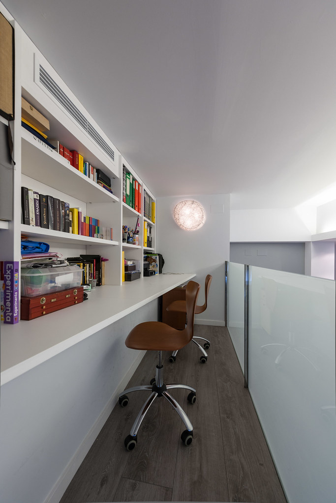 Despacho integrado al salón del piso | Standal