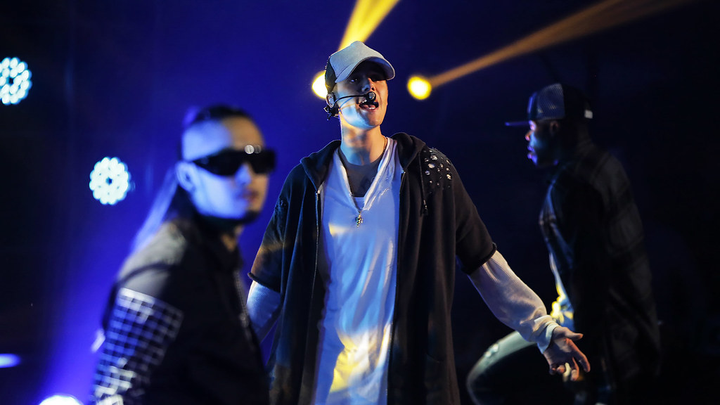 Justin Bieber - Chateau Neuf 2015