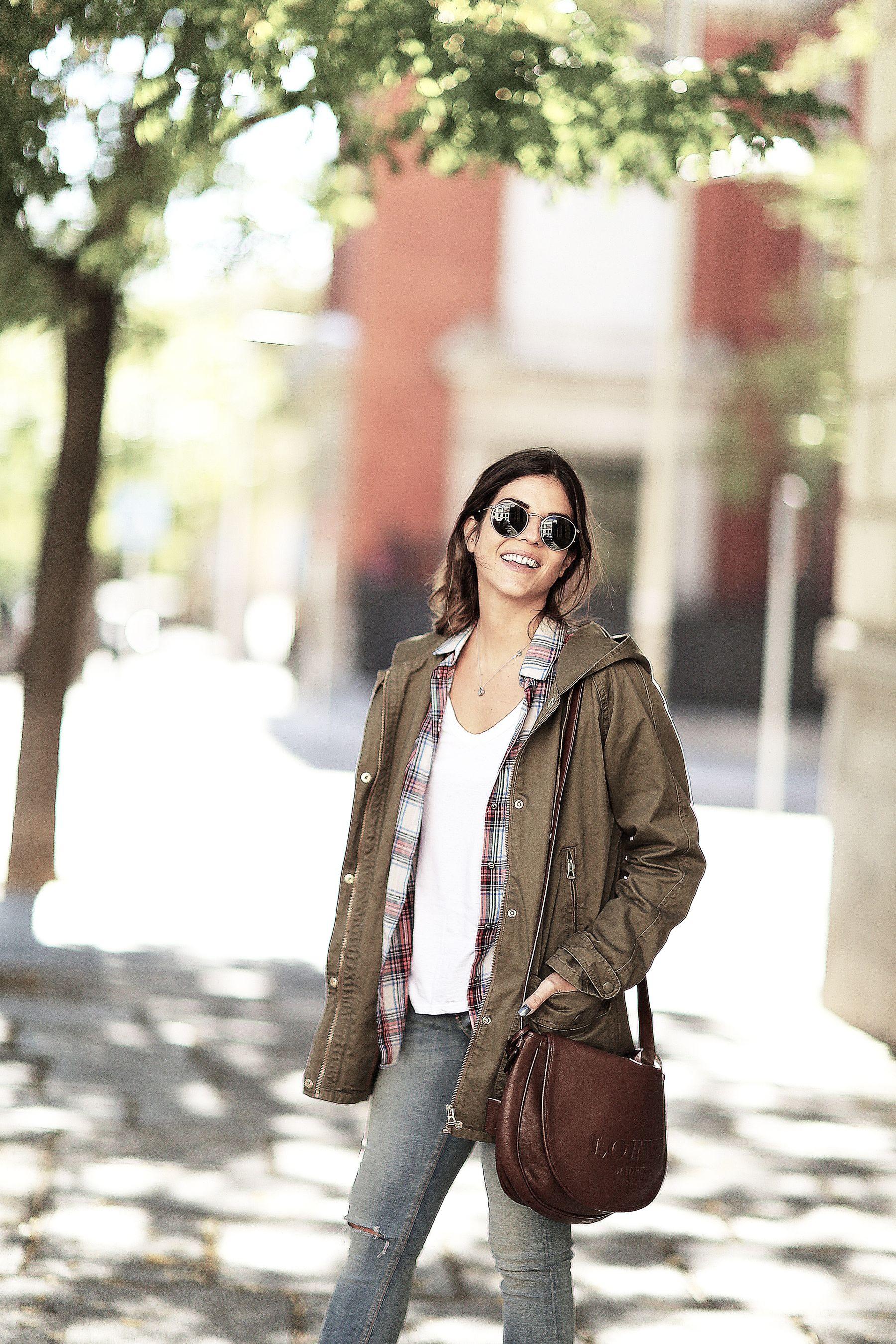 trendy-taste-look-outfit-street-style-trekking-tendencia-botas-parka-camisa-cuadros-plaid-shirt-fall-otoño-1
