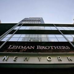 L'Italia? Sull'orlo del baratro: nel 2017 pu� essere la nuova Lehman Brothers