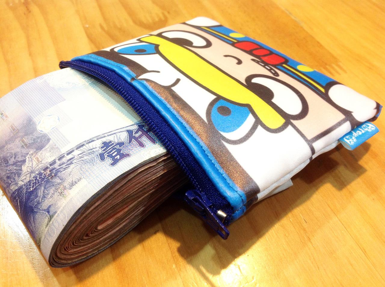 stack-戴藍鴨帽的積木人-防水零錢包-02