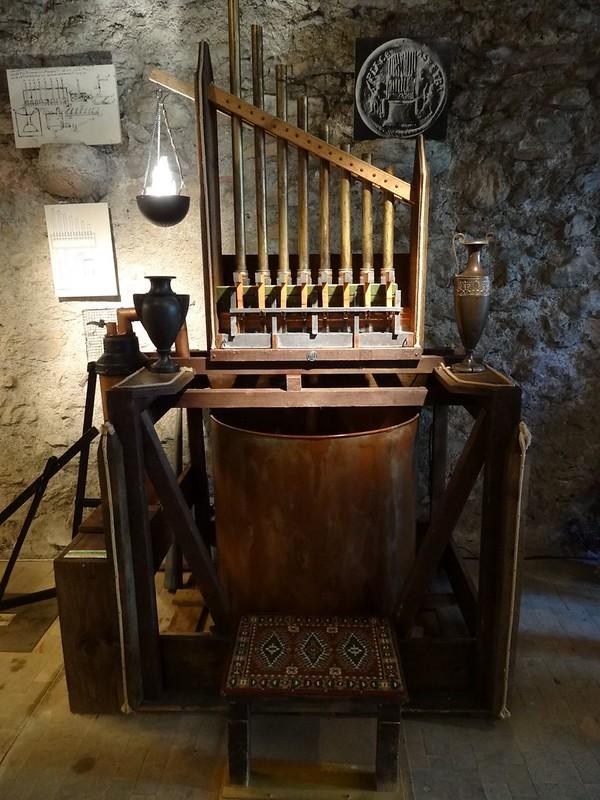 Le muséee suisse de l'orgue (en Suisse)  20521496083_0b84976354_c