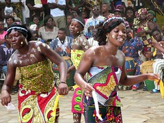 Ewa Bobobo Dance