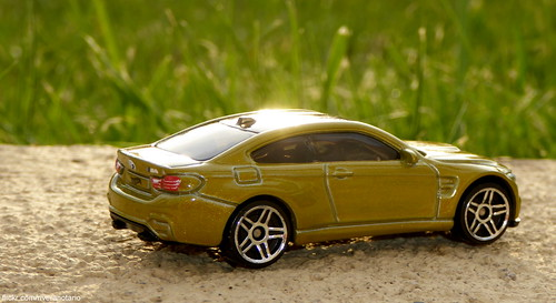 Hot Wheels 2015 - BMW M4