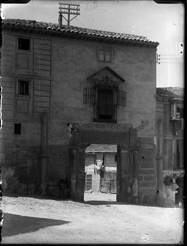 Corral de Don Diego en Toledo hacia 1920. Fotografía de Enrique Guinea Maquíbar © Archivo Municipal de Vitoria-Gasteiz