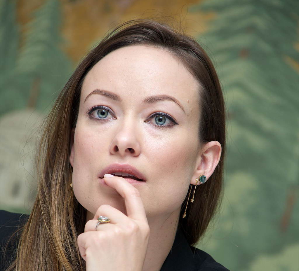 Оливия Уайлд — Пресс-конференция «Винил» 2015 – 5