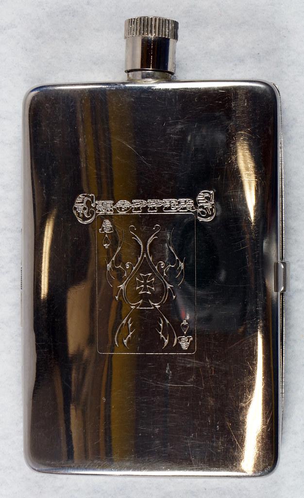RD15128 Choppers Emblem Ace of Spades Metal Pocket Flask & Cigarette Case DSC08208