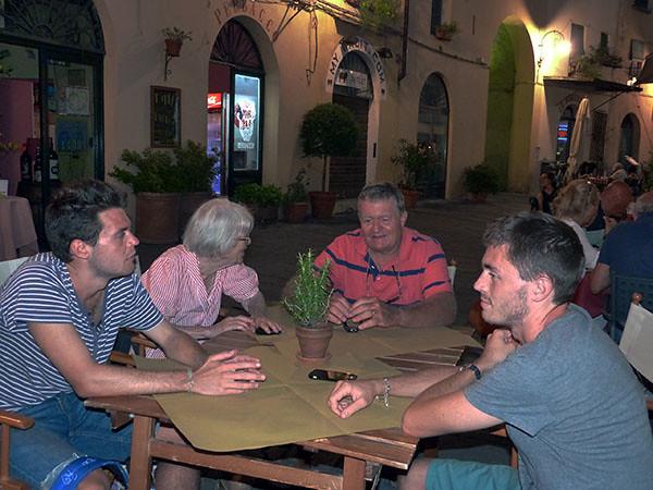 Premier dîner à Lucca