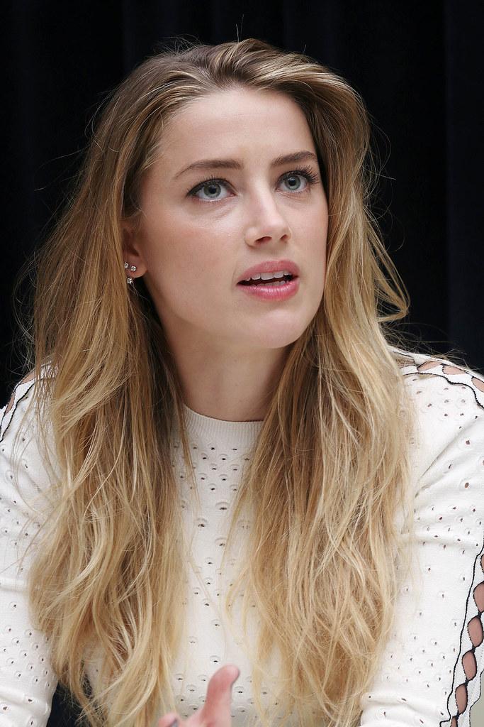 Эмбер Хёрд — Пресс-конференция «Девушка из Дании» на «TIFF» 2015 – 49