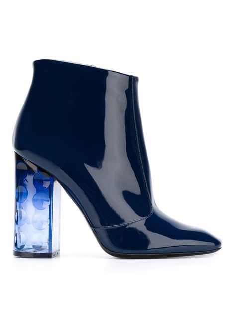 Decorative Heel