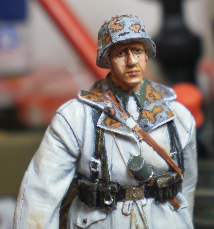WSS Grenadier Late War - Alpine miniature - 1/35eme - Peinture a l'huile - Page 2 22740052703_db5b46bb5c_c