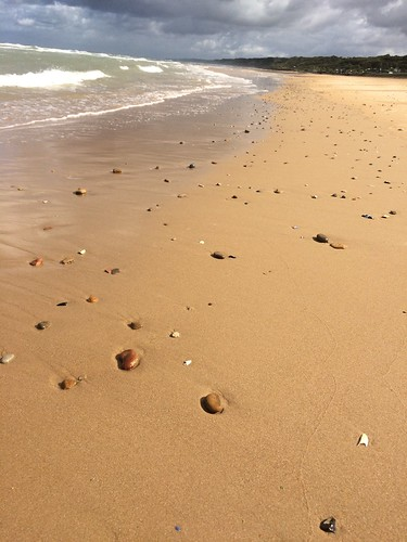 Omaha Beach, peace, rocks