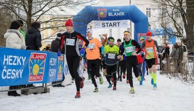 Zimní běh na Blaník - nejtěžší lednový půlmaraton očekává rekordní počet startujících