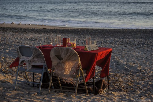 valentinesday table twochairs tablefortwo danapoint socal southerncalifornia sunset sea seascape seaside silhouette beach sand orangecounty oc outdoor ocean waves water pacificocean goldenstate california ca evening tablesetting romanticdinner capobeach capistranobeach