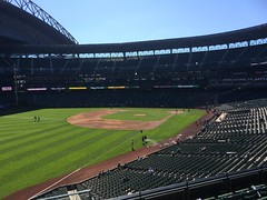 Last Mariners day game of the season