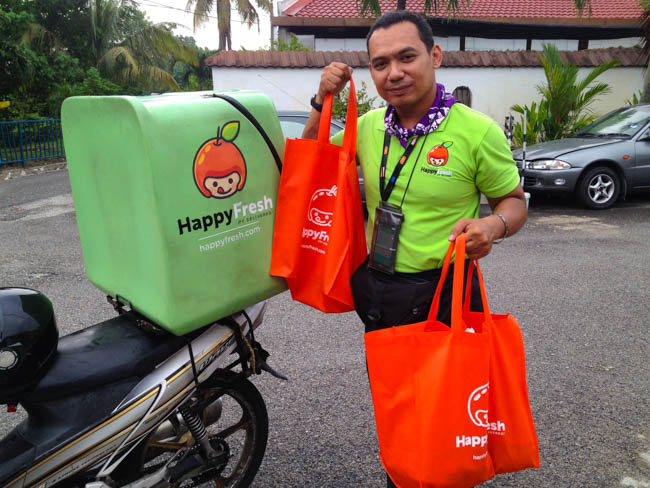 Happy-Fresh-Delivery-Man