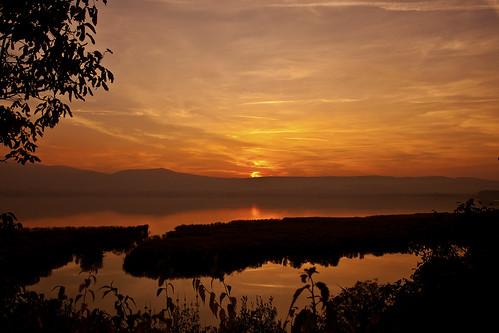 november autumn sunset sky sun lake color colour church clouds canon eos scenery horizon hellas atmosphere calm greece canoneos ioannina giannena epirus pamvotis pamvotida canoneos5dmarkii pamvotislake dourahanimonastery