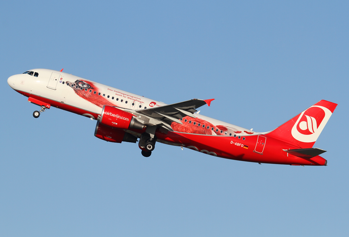 """""""Top Bonus"""" Special livery climbing out of RWY23L. Delivered 01/2011."""
