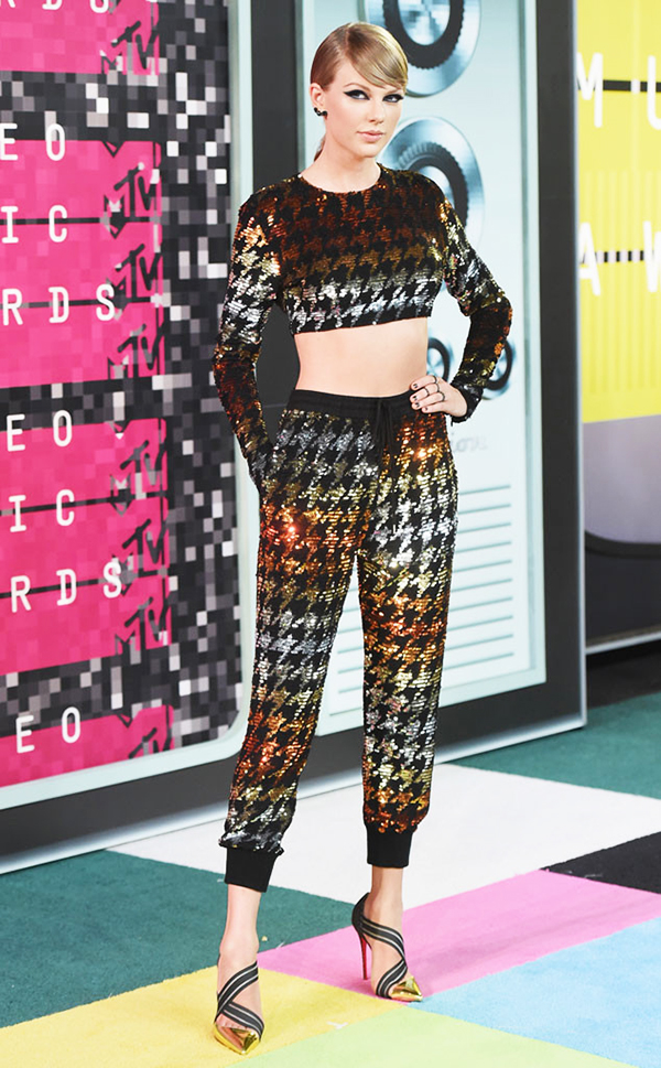 2015 MTV VMA Best Dressed - Taylor Swift in Ashish