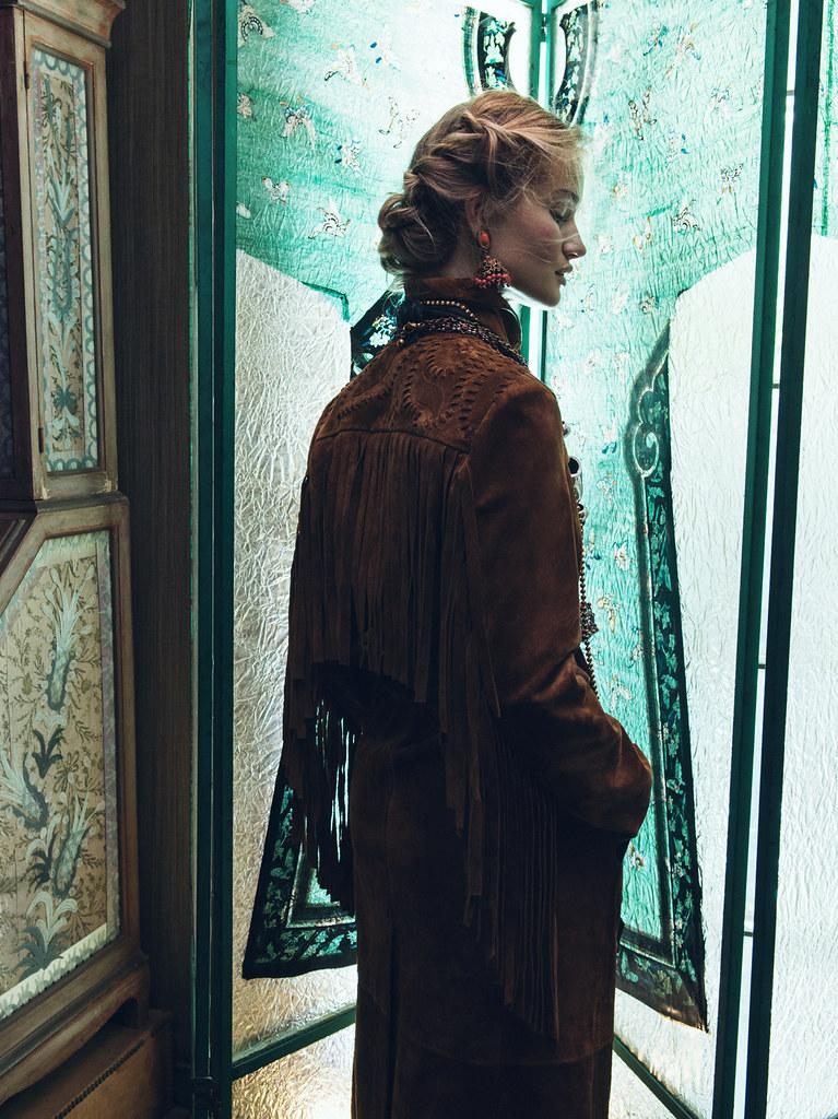 Роузи Хантингтон-Уайтли — Фотосессия для «Vogue» KR 2015 – 5