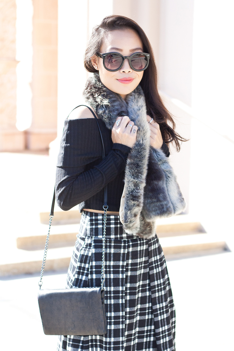 06-sf-fall-black-fur-plaid-tartan-fashion-style