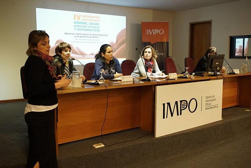 Anticonceptivos Analizaron intervención de profesionales en elección de las mujeres.
