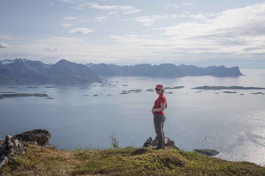 Almost-mommy did it! Climbing up Steinsethogda (473m). Senja Island. Troms. Norway. #7monthspregnantinpicture