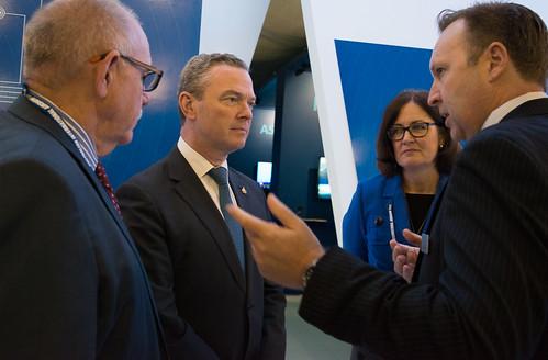 Minister Pyne visits QinetiQ
