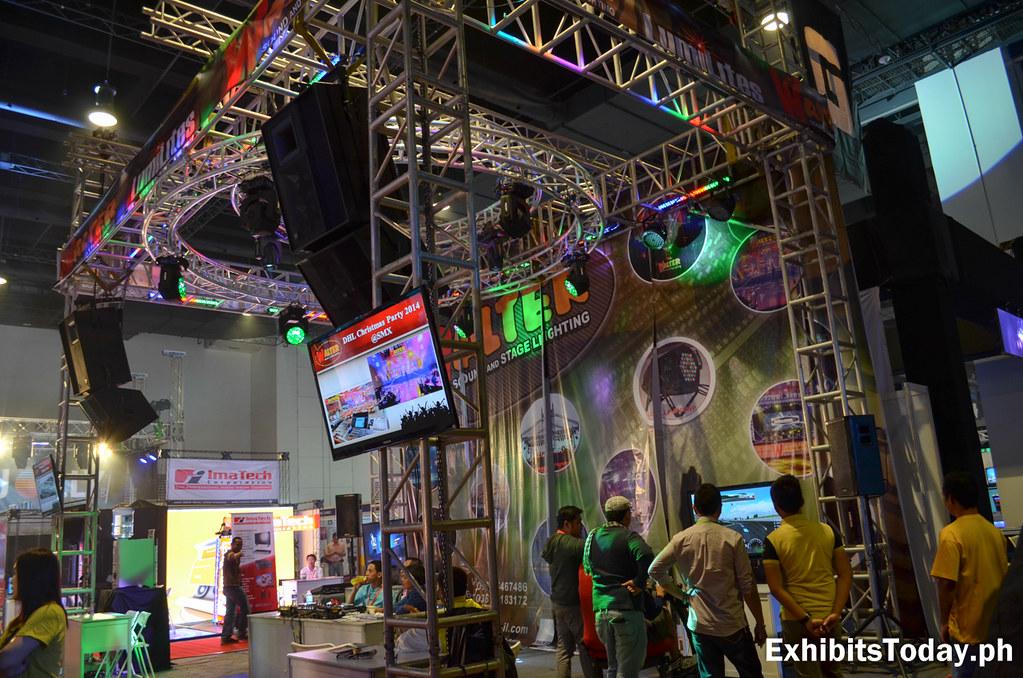 Walter Stage Lighting Display