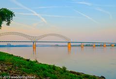 Memphis TN: Hernando de Soto Bridge and the Mississippi River