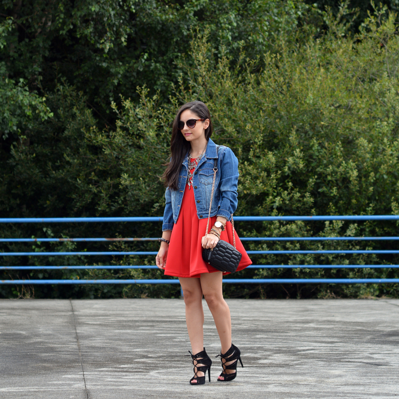 zara_abaday_ootd_outfit_vestido_rojo_denim_05