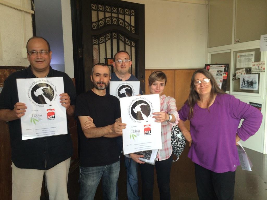 Jurat del 1er Concurs d´Humor Gràfic en Drets Laborals reunits a CGT Catalunya per triar els premiats