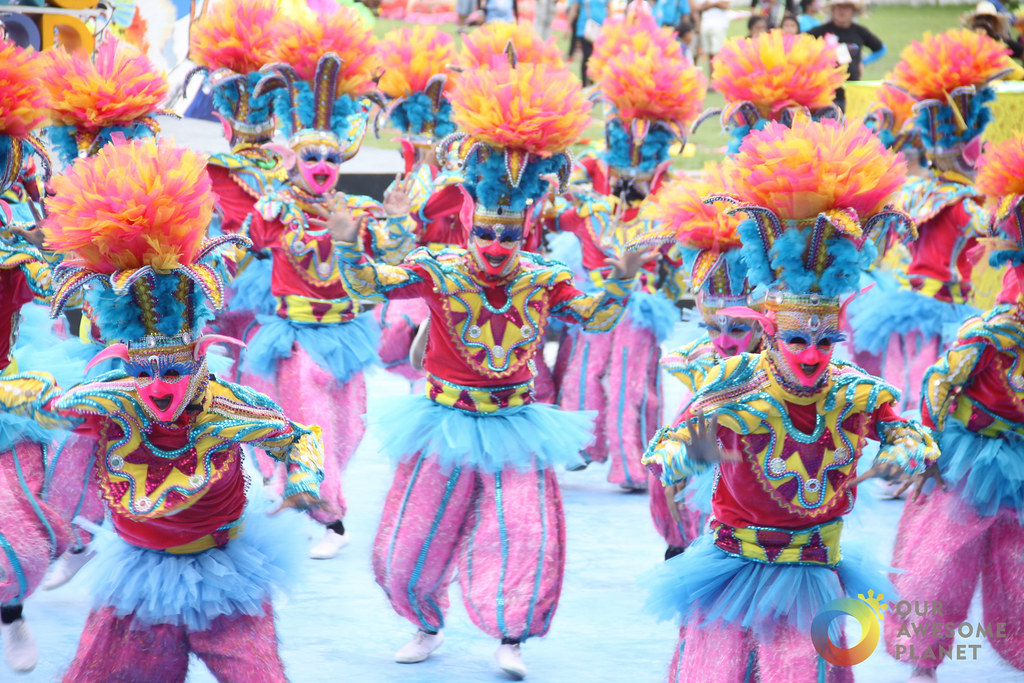 BACOLOD: Food & Festival Guide of Masskara Festival! (VIDEO)