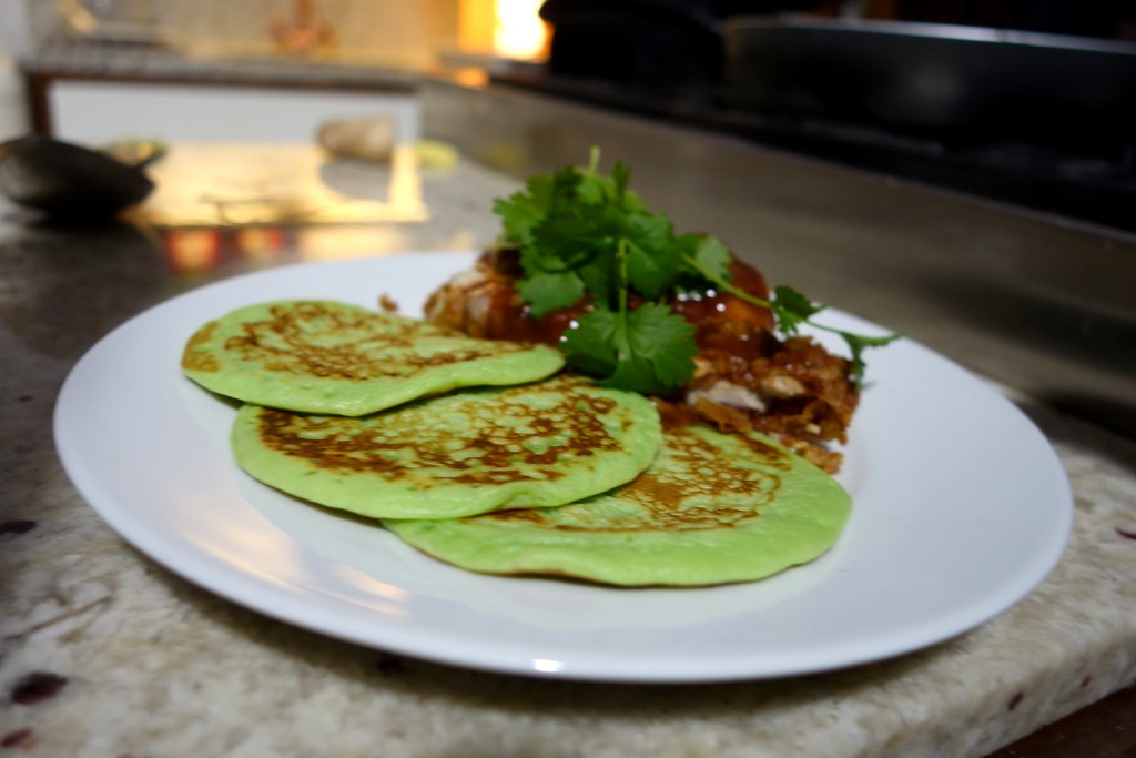 Rennie Happy Eating with Sorted Food: Pandan Pancakes with Fried Chicken