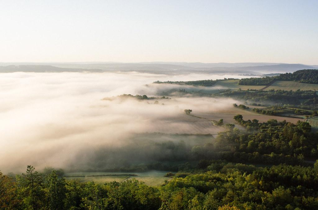 Vézelay, mystique et ésotérique - Sur les chemins de Compostelle - La mer de nuage