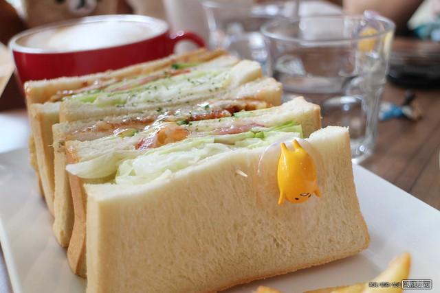哩厚嘎嗶,甜點︱下午茶︱早午餐 @陳小可的吃喝玩樂