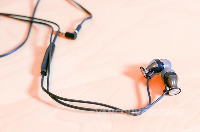 Sennheiser Momentum earphones-6
