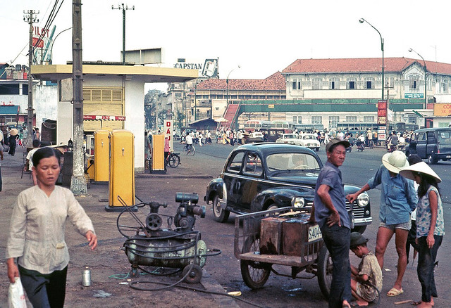 Saigon Nov 1968 - Tran Hung Dao - Shell Gas Station