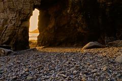 Derniers rayons de soleil dans l'arche de Port-Blanc - Quiberon