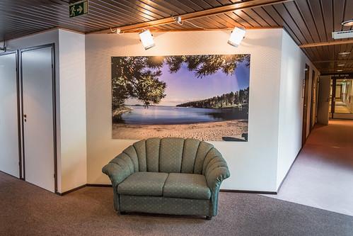 wall suomi finland interior picture corridor sofa skrubu keuruu pni pekkanikrus hotellikeurusselkä