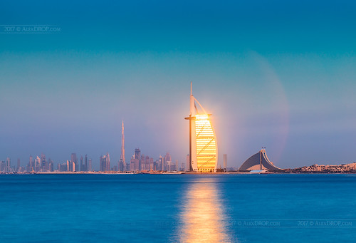 2017 uae emirates dubai travel panoramic skyline sunset architecture color city urban light scape goldenhour canon6d ef241054lis best iconic famous mustsee picturesque postcard hdr