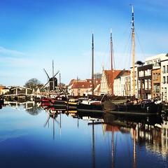 Today in Leiden! It feels like #spring #springiscoming #leiden #bluesky #boats #canal #netherlands