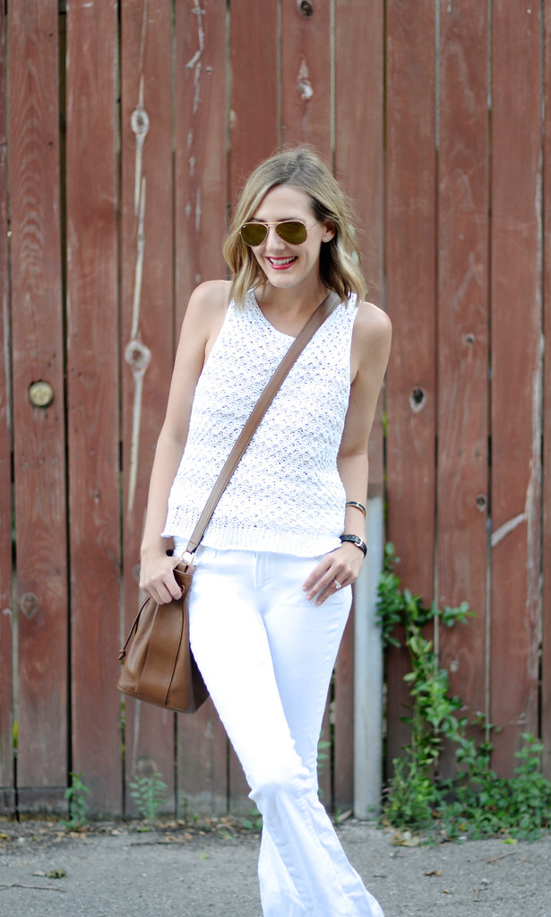 white-flares-outfit