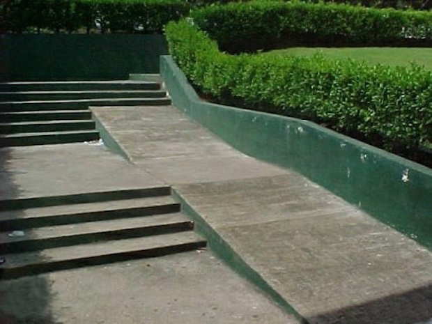 Imagen graciosa rampa acabada en escalera