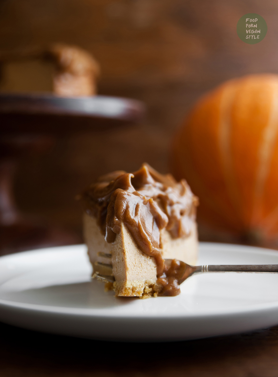 Vegan pumpkin cheesecake with caramel glaze